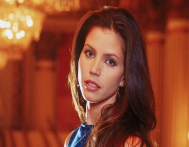 Kathryn played by Charisma Carpenter