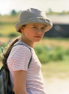 A young Anna Paquin